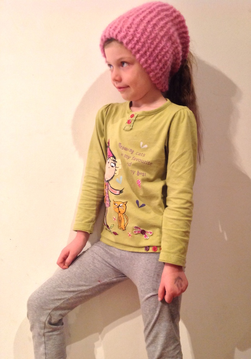 Knitting, cowl, pink, yarn, child, hat  - Knit a Cosy Cowl