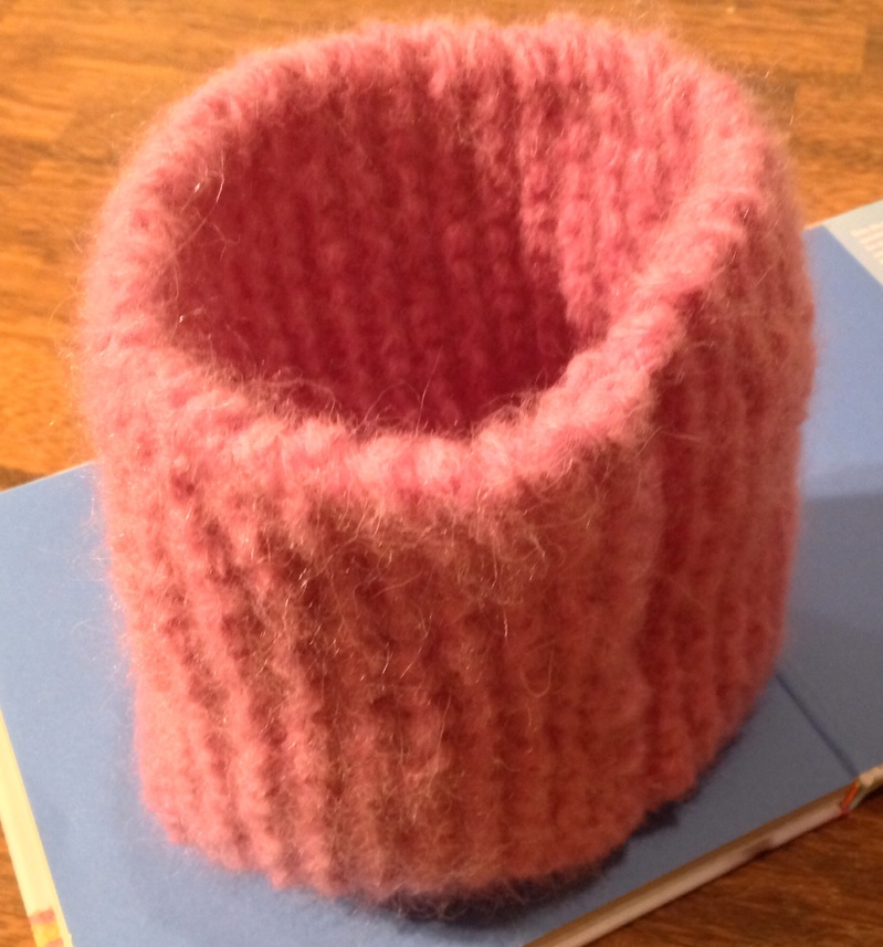 Knitting, cowl, pink, yarn  - Knit a Cosy Cowl