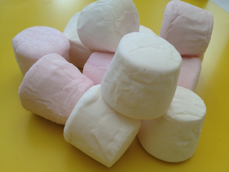 Marshmallow, pop, party food, kids, birthday  - Marshmallow Party Pops