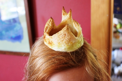 Edible crown, party