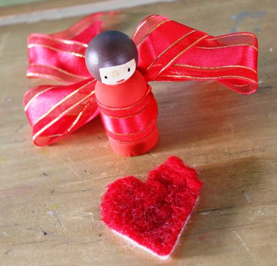 Red Peg Dolly, Valentines