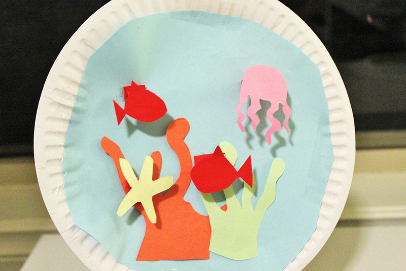 Paper Plate Aquarium - My Kid Craft