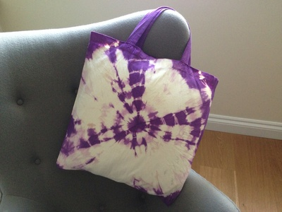Calico shopping bag, cotton shopping bag, die dye kids craft, tie dye bag, how to tie dye a shopping bag