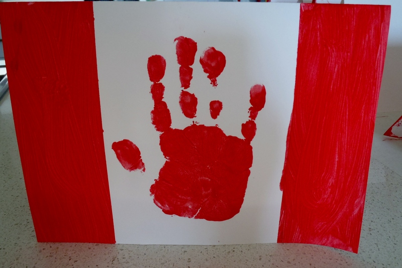 Canada flag handprint card my kid craft for Kids craft table canada