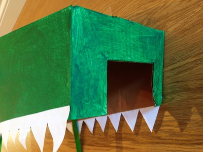 Cardboard crocodile costume, making a crocodile mask, crocodile head, crocodile dress up, crocodile fancy dress