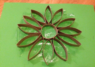 Cardboard tube flower picture, toilet roll tube craft, kids craft TP tube, flower kids craft