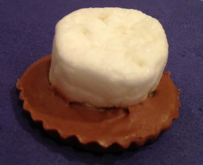 chocolate marshmallow top hats easy kids birthday party food  - Marshmallow Top Hats