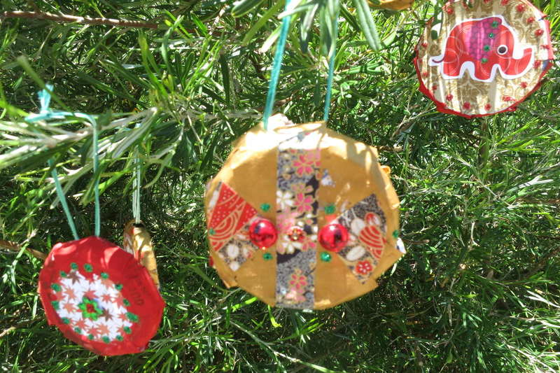 Christmas baubles  - Colourful Xmas Tree Medallions