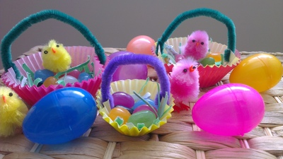 Easter Craft, Easter Cupcakes, Cupcake liner crafts