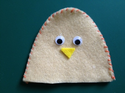 egg cosy, chick, chicken, boiled egg, easter, craft for children, kids, over 5s, sewing, make it yourself, felt, googly eyes
