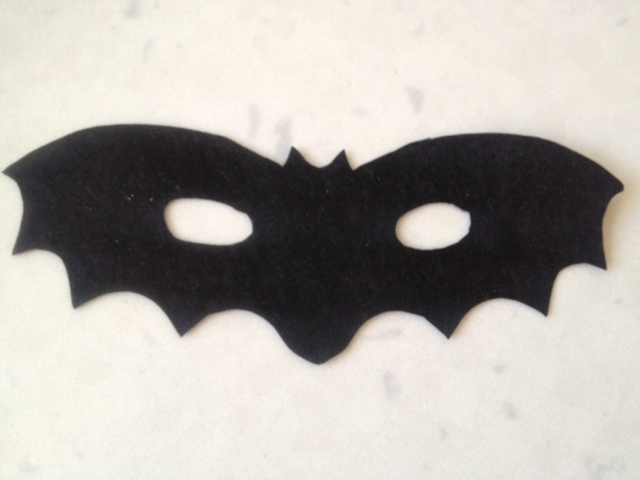 how to make bats out of paper