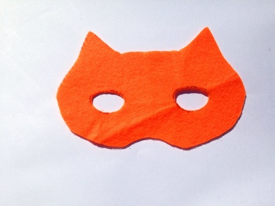 Felt tiger mask, mask tutorial, how to make a tiger mask, easy tiger costume, kids tiger mask, how to make a tiger mask