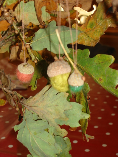 Felted autumn acorns