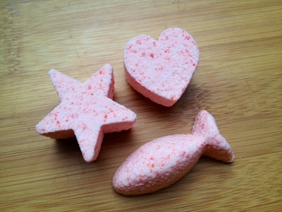 fish heart star homemade bath bomb fizzies