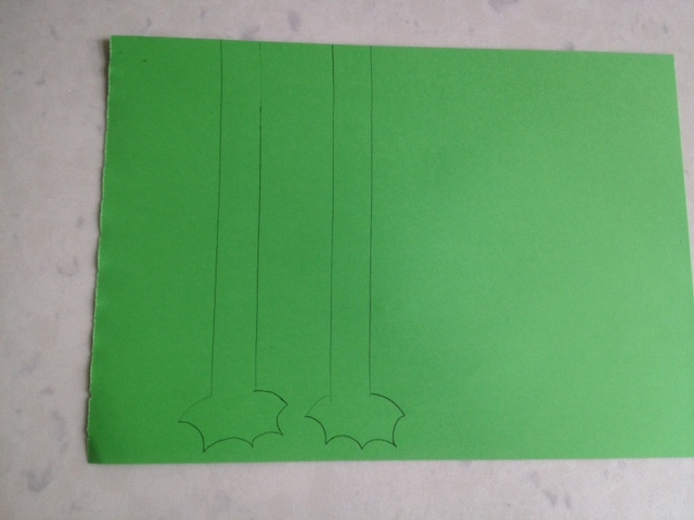 frog legs, frog leg template, green paper frog legs  - Springy Catapult Frog