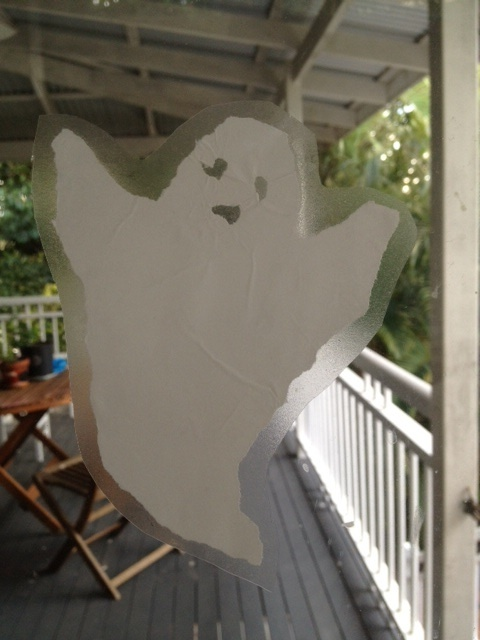 ghost cut out, trimmed ghost, craft idea ghost, craft idea ghoul, fun decorations for Halloween, homemade Halloween  - Floating Ghost Window Decoration