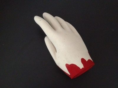halloween hand, bloody hand for halloween, severed hand halloween, craft halloween, kids craft halloween