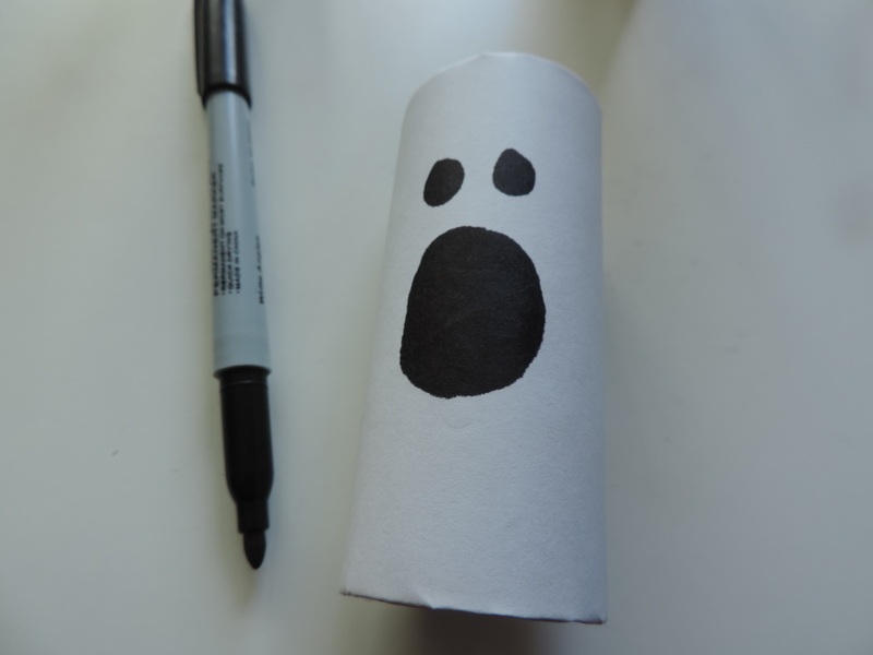 Halloween Toilet Roll Decoration