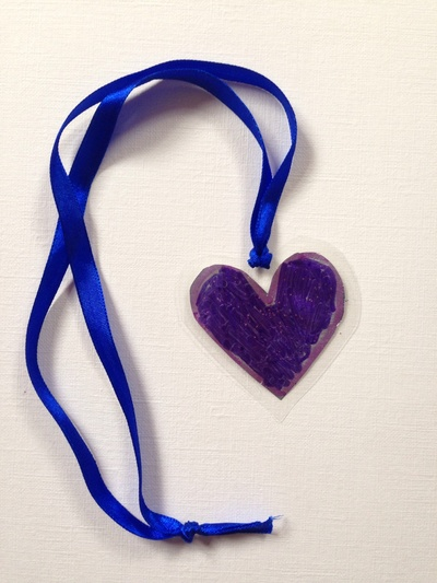 Heart necklace, kids craft necklace, craft ideas using laminator, kids activities laminator