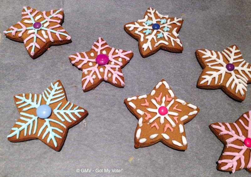 Disney's Frozen Christmas Snowflake Cookies