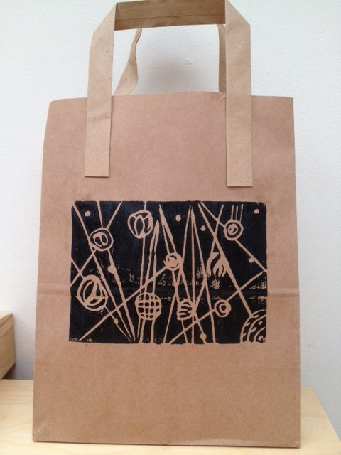 lino, linoleum, cut, cutting, print, printing, stamping, lino set, card, bag, art, school, craft, ink, flowers, abstract, picasso  - Lino Cutting and Printing