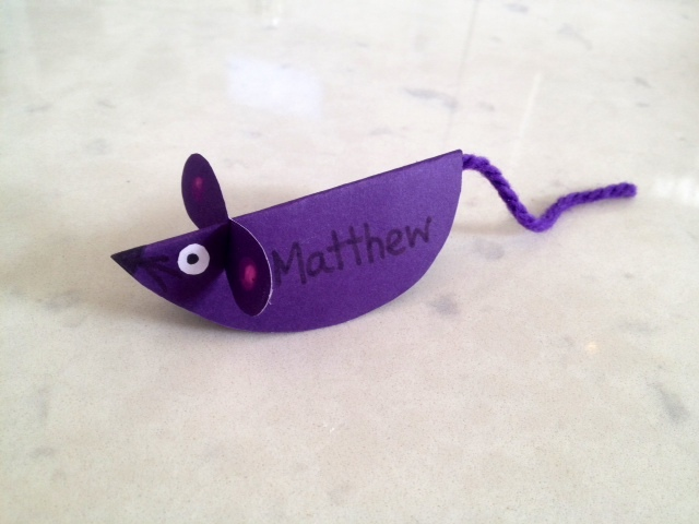 mouse name plate, mouse place setting, table place setting, mouse table name, kids place card, mouse place card, homemade party place cards, kids table decorations  - 3D Mouse Place Card