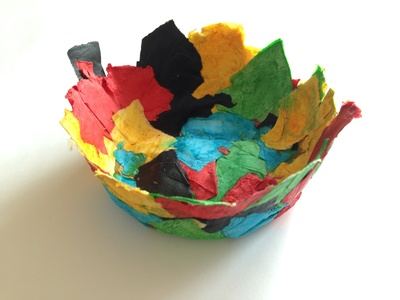 Paper mâché bowl, easy paper mache bowl, paper mâché for kids, paper bowl, easy homemade bowl, papist mâché craft ideas, preschooler papier mâché