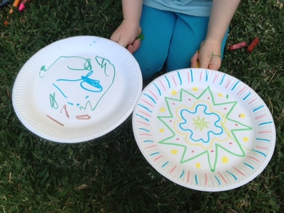 rainy day kids activity, rainy day craft, rainy day preschooler craft, paper plate tennis, paper plate balloon, balloon tennis, preschooler tennis, toddler tennis, indoor games