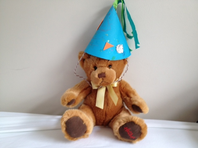 party hat, paper hat, birthday, celebration, kids, children, make it yourself  - Simple Party Hat