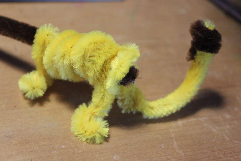 pipe cleaners, pipe cleaner art, pipe cleaner craft  - Pipe Cleaner Lion