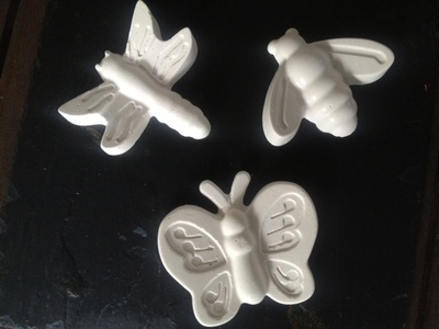 plaster cast creatures, plaster animals, make your own plaster animals, ceramic bugs