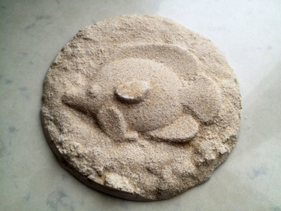 plaster of paris fossil, homemade footprint fossil, sand mold plaster casting, homemade fossil, making your own fossil, diy plaster fossil, plaster of paris craft idea