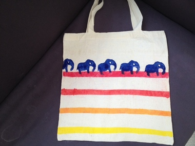 shopping bag, elephant, elephant stamp, elephant outline, fabric paint, craft, kids, present