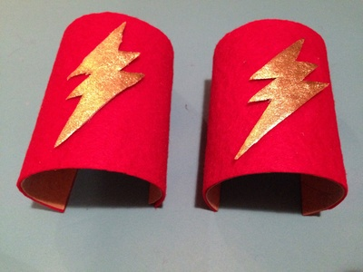Superhero cuffs, superhero costume, toilet roll superhero cuffs, toilet roll tube and felt cuffs, superhero dress up homemade