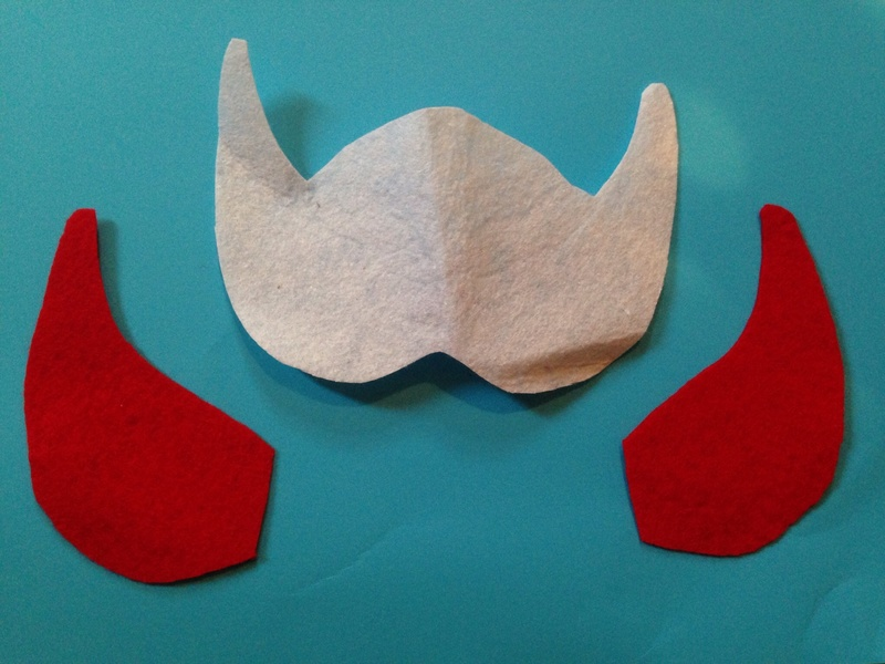 Superhero mask, superhero costume, how to make a superhero mask, superhero mask tutorial, homemade superhero mask, felt superhero mask, no sew superhero mask