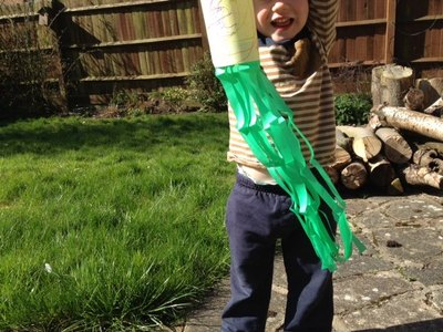 wind sock, wind, weather, weather vane, science, experiment, pre school, craft, felt tip pens