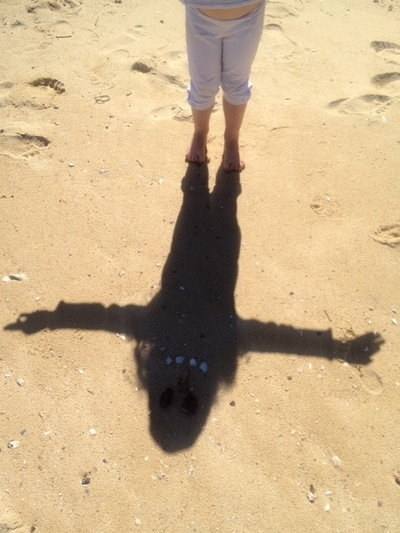 beach face, shadow face, kids shadow, shadow person, beach shadow, kids fun beach, preschooler beach shadow, toddler beach shadow