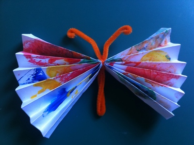butterfly, accordian style, pipe cleaner, toddler art
