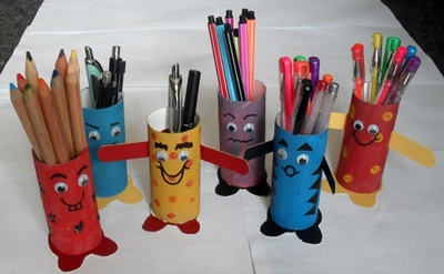 cardboard tube craft,monsters,recycle