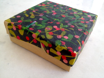 decoupage gift box, easy decoupage, easy gift box, kids craft, decorated gift box, preschooler gift box