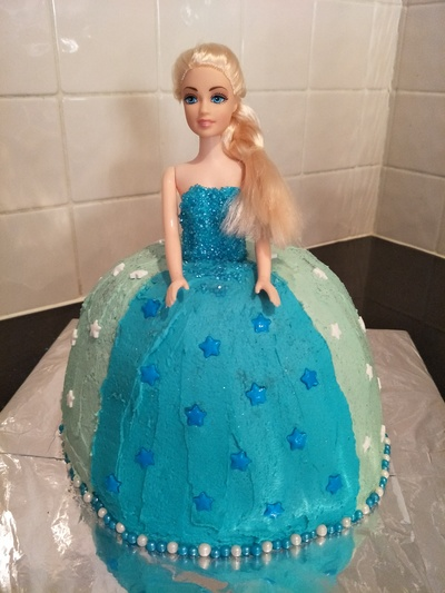 Elsa Frozen Birthday Cake