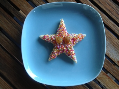 fairy bread starfish, fairy bread, starfish, fun kids food, kids party food, under the sea party food, sprinkles bread, 100s and 1000s bread