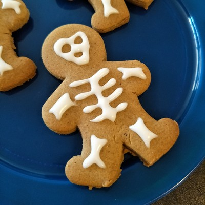 Halloween Cookies - Skeleton Gingerbread Men