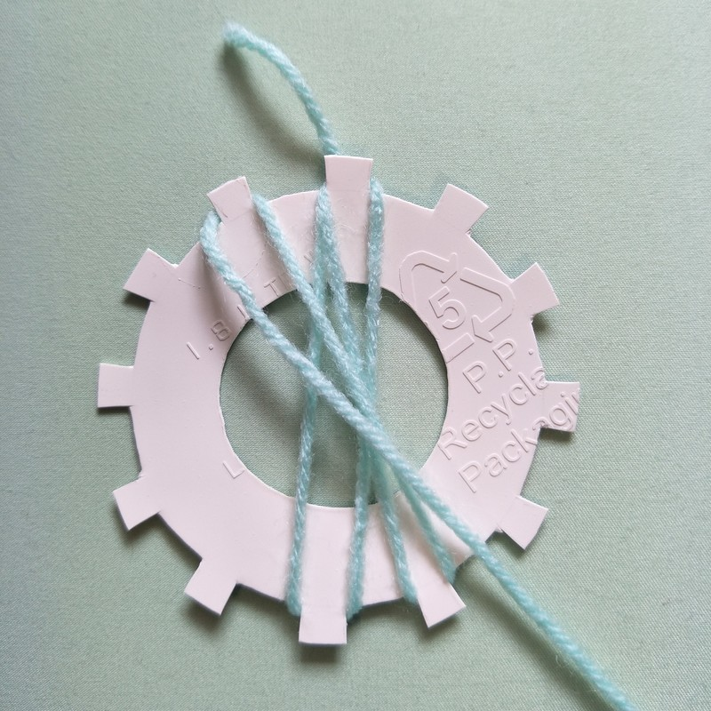 how to make a loom flower  - How to Make a Flower with a Flower Loom