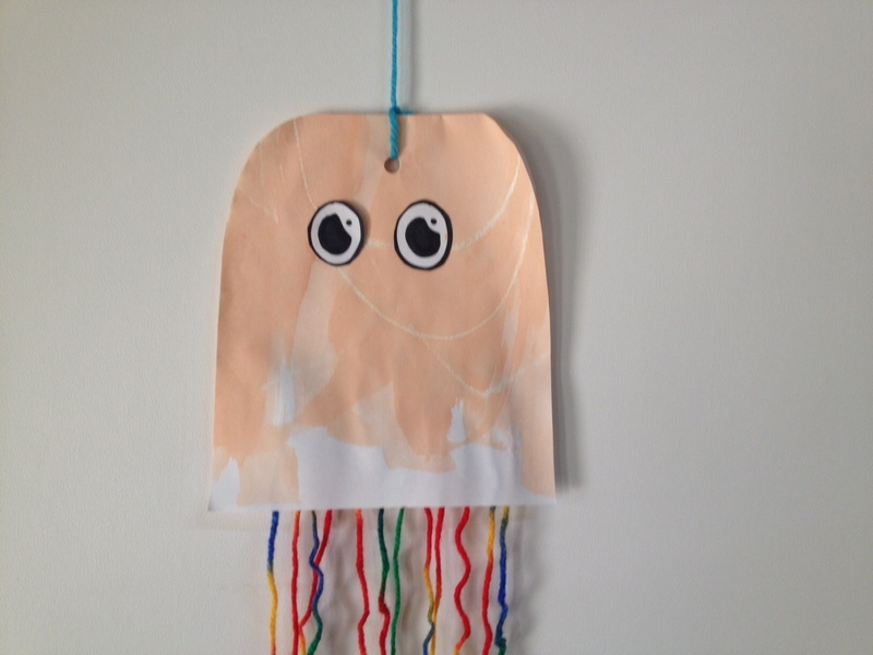 Paper and Yarn Jelly Fish