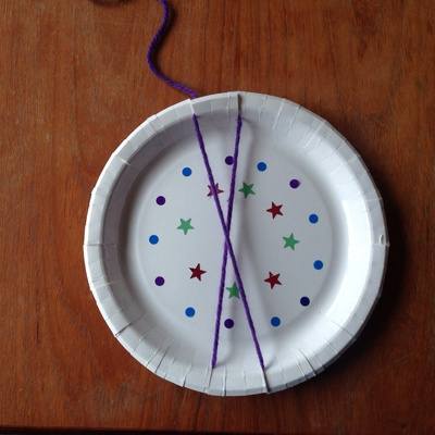 Paper plate weaving, kids weaving, easy weaving kids, circle weaving, paper plate circle weaving, weaving projects for kids