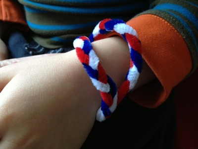 pipe cleaner, bracelet, kids, children, jewellery