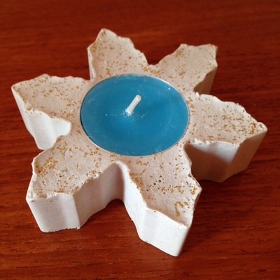 Plaster of Paris candle, cookie cutter candle, plaster cookie cutter, snowflake candle, frozen candle, tea light candle plaster