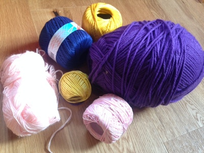 wool, different colours of wool, sewing knitting and weaving projects for kids