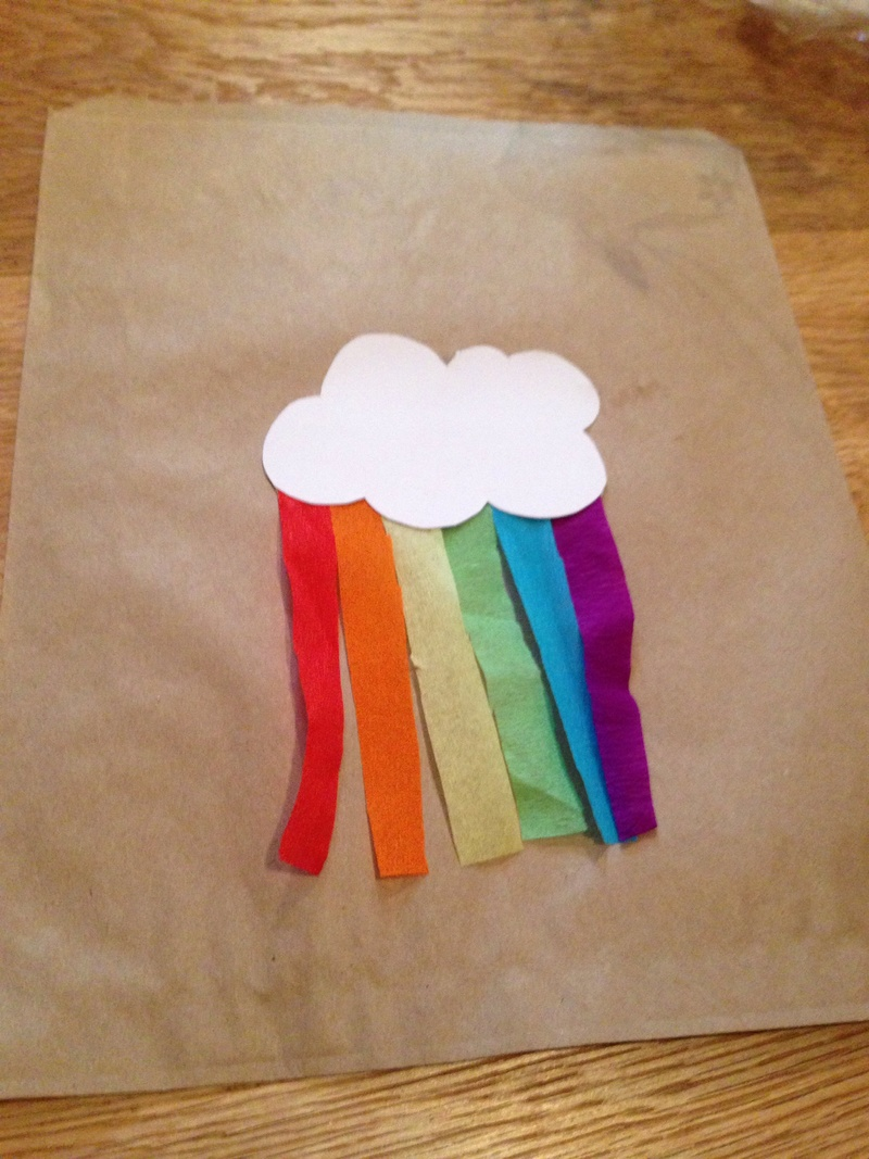Rainbow theme party bags, rainbow party bags, rainbow theme birthday party, homemade loot bags, cheap rainbow party bags, make your own party bags